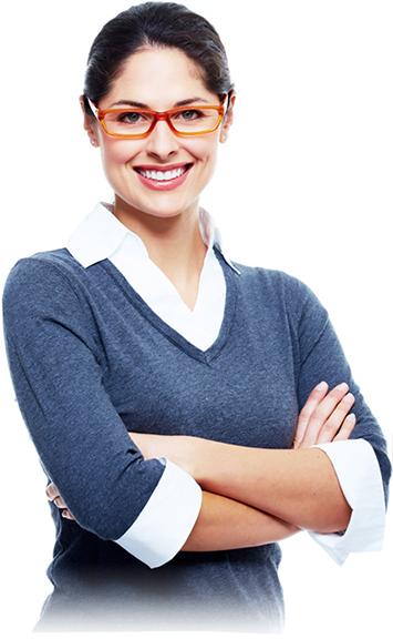 mulher de óculos sorrindo 1